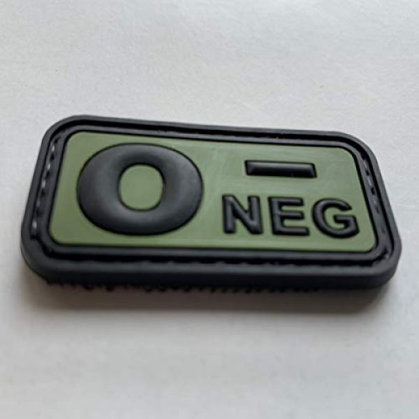 uuKen Airsoft Morale Patch 3 uuKen PVC Rubber Medic EMT EMS Emergency Rescue Green O- O NEG Negative Blood Type Group Identifier Tab 3D Tactical Patch with Hook Fastener Backing (Black and Green, 5x2.6cm)