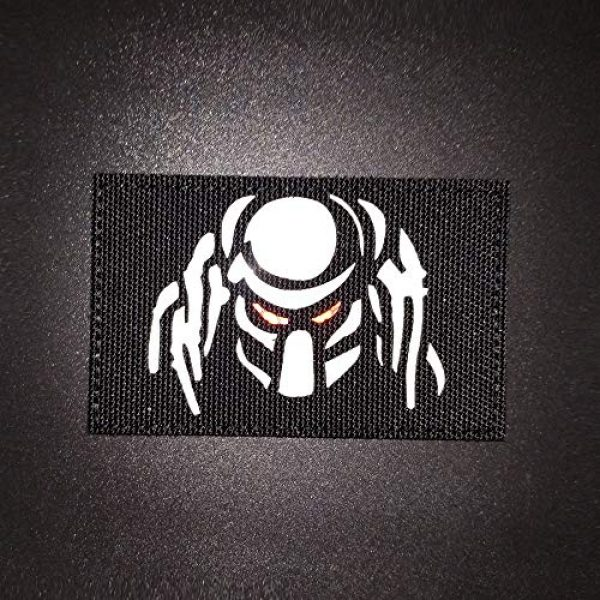 Zhikang68 Airsoft Morale Patch 3 Dark Predator Alien Morale Infrared IR Reflective Patch Tactical Vest Emblem Hook Loop Fastener Backing Military Uniform Army Multicam Badge Sew On Applique for Outdoors (White Eyes)