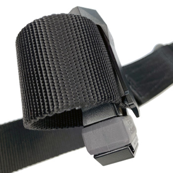 Universal CCW Magazine Carrier with Glock 17 Magazine on a Condor Riggers Belt